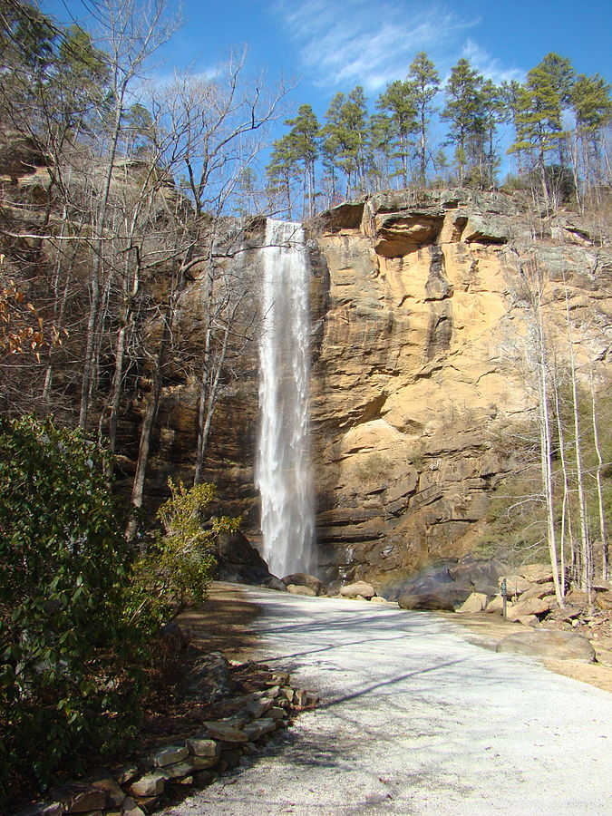toccoa falls girls Academics toccoa falls college offers 35 majors and 43 minors through four schools including the school of arts and sciences, the school of christian ministries, the school of professional studies and our newest school of nursing.