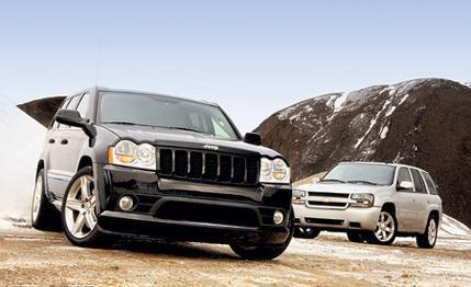 2006 Jeep Grand Cherokee SRT8 vs. Chevrolet TrailBlazer SS