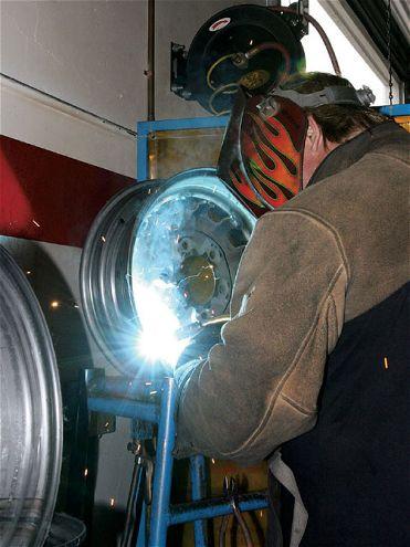 0807kc 03 Z+1941 Willys Pickup California Hauler+welding Wheel